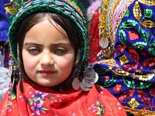 چنشت ، رنگی ترین روستای جهان